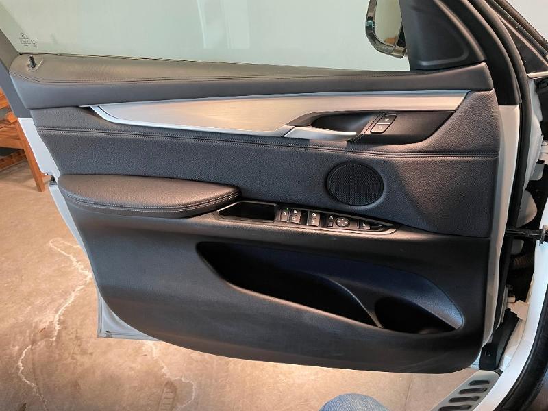 Photo 18 de l'offre de BMW X6 xDrive 30dA 258ch Edition à 44900€ chez Dugast automobiles