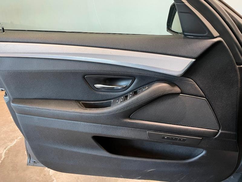 Photo 22 de l'offre de BMW Serie 5 Touring 520dA xDrive 190ch M Sport à 17700€ chez Dugast automobiles