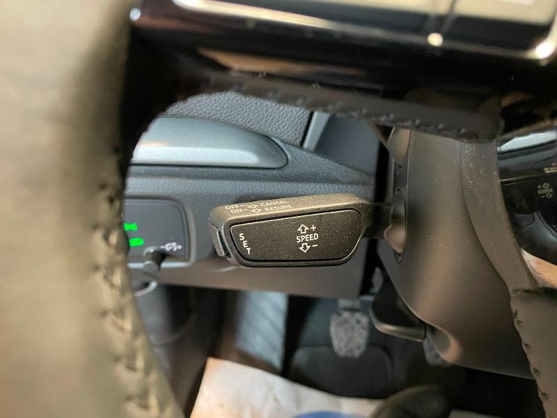 Photo 14 de l'offre de AUDI A3 Sportback 1.6 TDI 116ch Business line à 16900€ chez Dugast automobiles