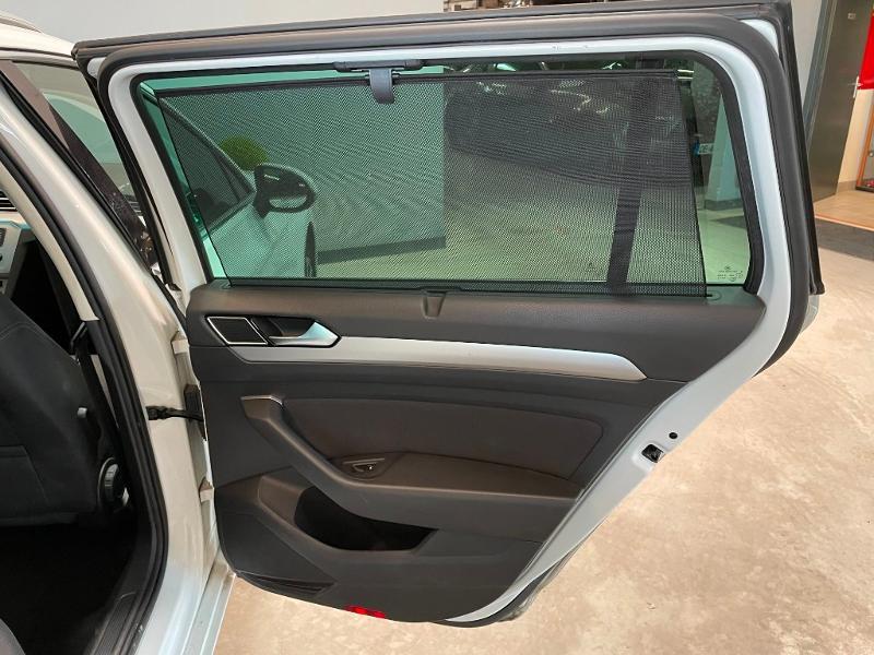 Photo 9 de l'offre de VOLKSWAGEN Passat 1.6 TDI 120ch BlueMotion Technology Confortline Business DSG7 à 12900€ chez Dugast automobiles
