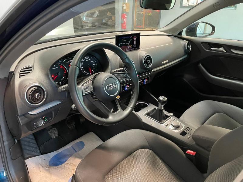 Photo 11 de l'offre de AUDI A3 Sportback 1.6 TDI 116ch Business line à 16900€ chez Dugast automobiles