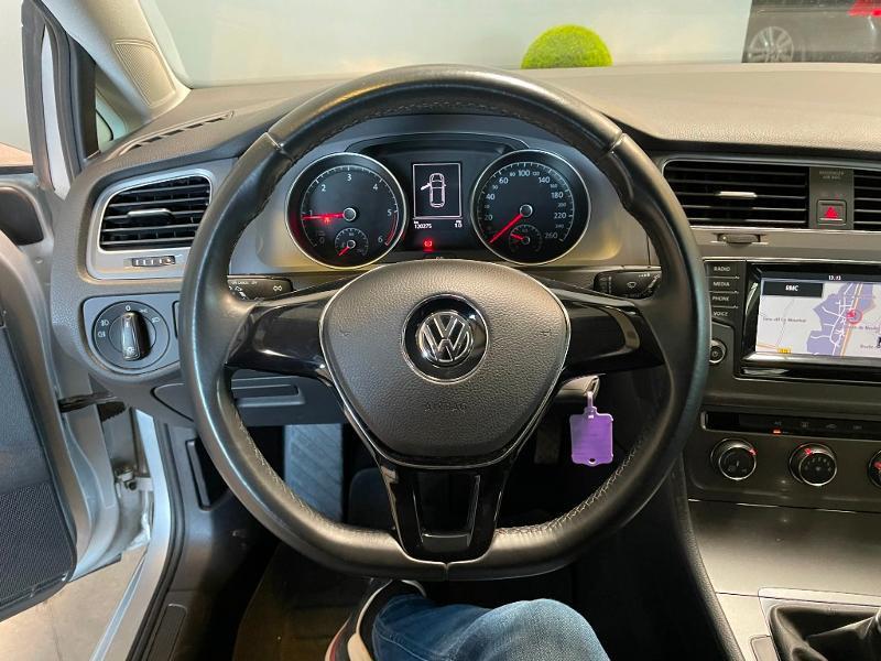 Photo 11 de l'offre de VOLKSWAGEN Golf Ste 1.6 TDI 90ch BlueMotion Technology FAP Trendline Business 3p à 7900€ chez Dugast automobiles