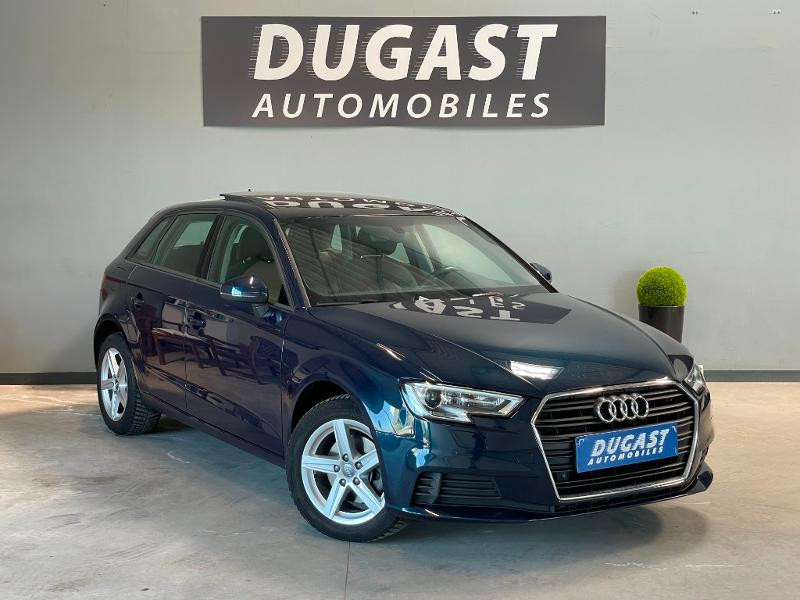 Audi A3 Sportback 1.6 TDI 116ch Business line Diesel Bleu Foncé Métal Occasion à vendre