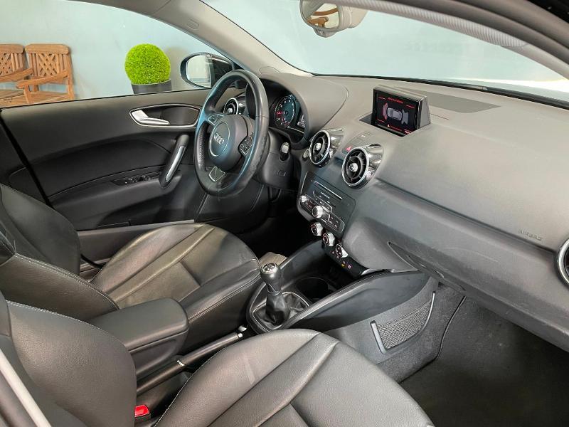 Photo 5 de l'offre de AUDI A1 Sportback 1.4 TFSI 125ch Ambition Luxe à 17900€ chez Dugast automobiles