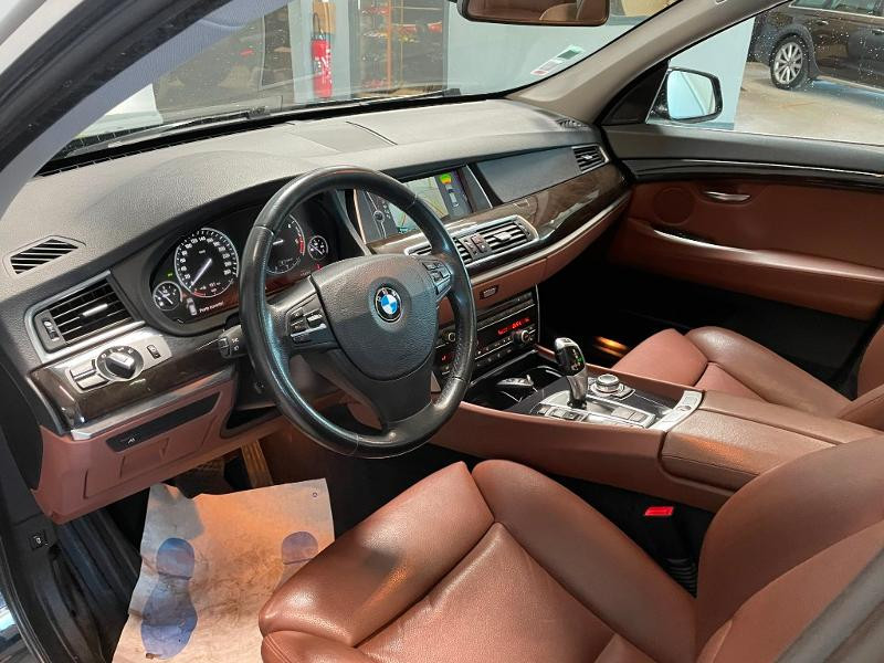Photo 12 de l'offre de BMW Serie 5 Gran Turismo 530dA 245ch Exclusive à 18900€ chez Dugast automobiles