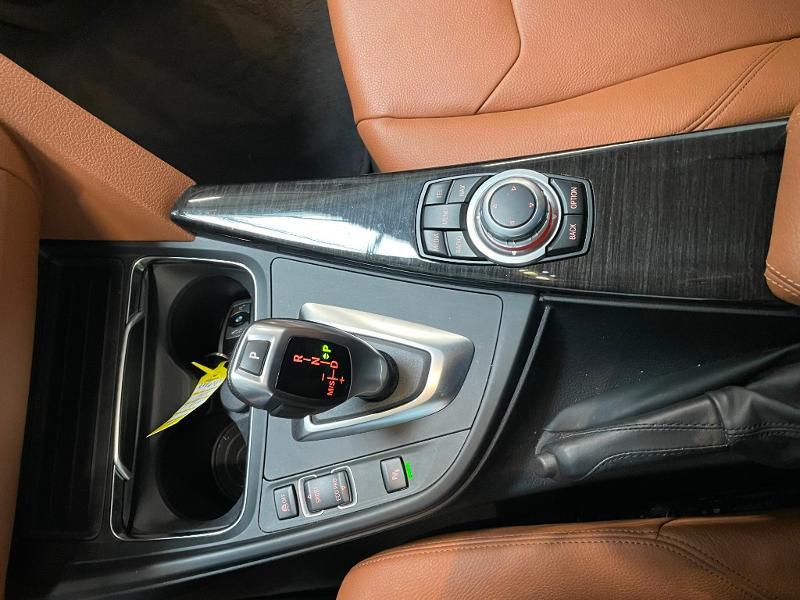 Photo 18 de l'offre de BMW Serie 3 Touring 320dA 163ch EfficientDynamics Edition Luxury à 20900€ chez Dugast automobiles