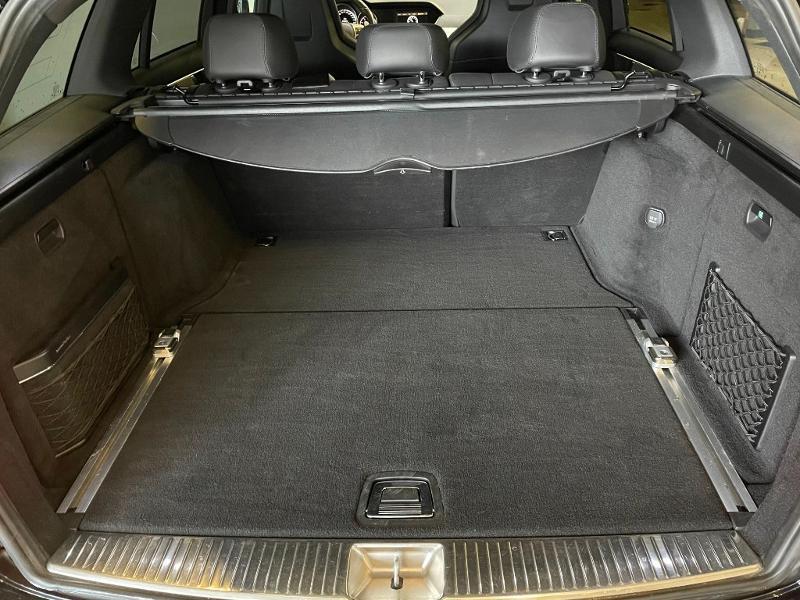 Photo 12 de l'offre de MERCEDES-BENZ Classe C Break 63 AMG Speedshift MCT à 36900€ chez Dugast automobiles