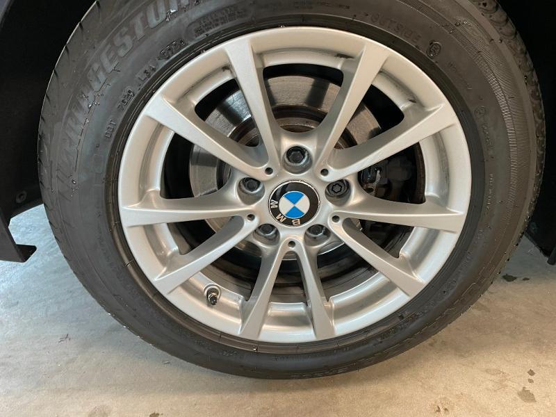 Photo 9 de l'offre de BMW Serie 3 Touring 318dA 150ch Business à 14900€ chez Dugast automobiles