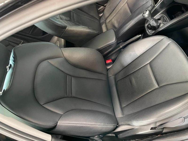 Photo 6 de l'offre de AUDI A1 Sportback 1.4 TFSI 125ch Ambition Luxe à 17900€ chez Dugast automobiles
