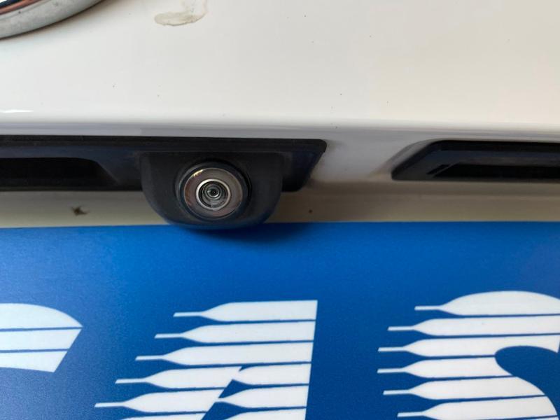 Photo 14 de l'offre de BMW X6 xDrive 30dA 258ch Edition à 44900€ chez Dugast automobiles