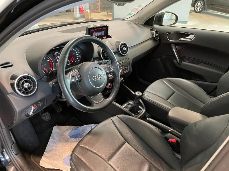 Photo 12 de l'offre de AUDI A1 Sportback 1.4 TFSI 125ch Ambition Luxe à 17900€ chez Dugast automobiles