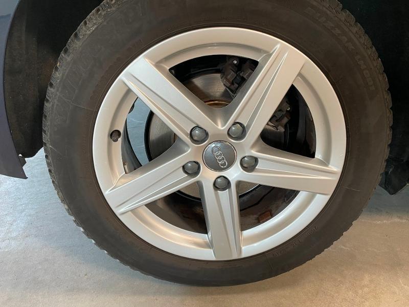Photo 8 de l'offre de AUDI A3 Sportback 1.6 TDI 116ch Business line à 16900€ chez Dugast automobiles