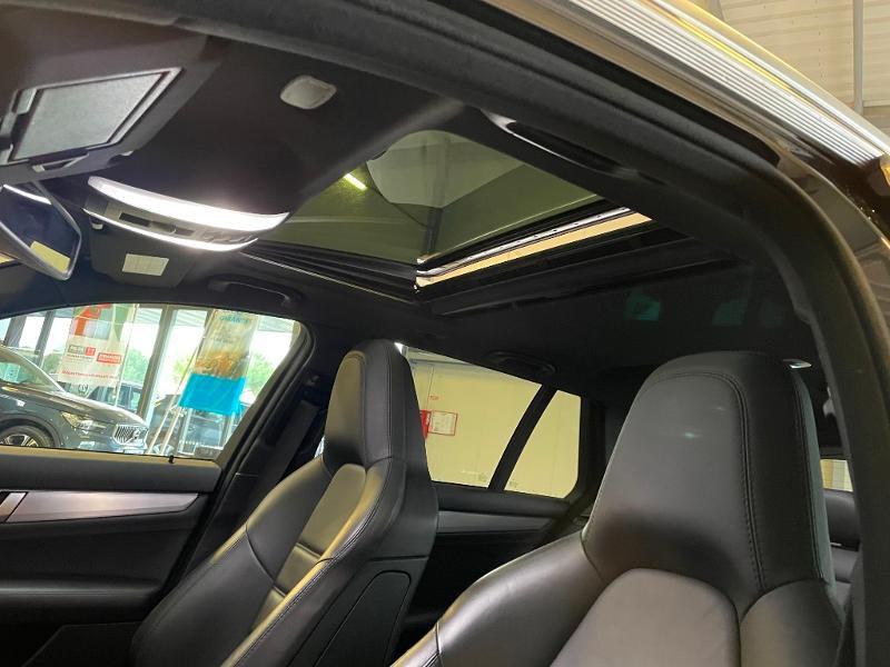 Photo 17 de l'offre de MERCEDES-BENZ Classe C Break 63 AMG Speedshift MCT à 36900€ chez Dugast automobiles