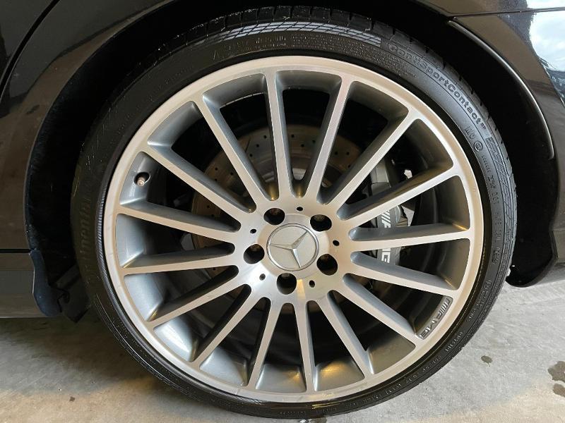 Photo 15 de l'offre de MERCEDES-BENZ Classe C Break 63 AMG Speedshift MCT à 36900€ chez Dugast automobiles