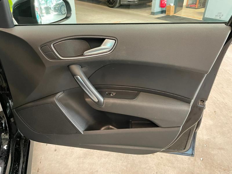 Photo 7 de l'offre de AUDI A1 Sportback 1.4 TFSI 125ch Ambition Luxe à 17900€ chez Dugast automobiles