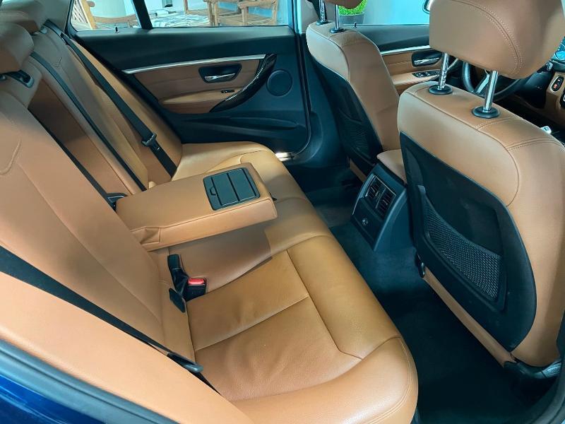 Photo 8 de l'offre de BMW Serie 3 Touring 320dA 163ch EfficientDynamics Edition Luxury à 20900€ chez Dugast automobiles