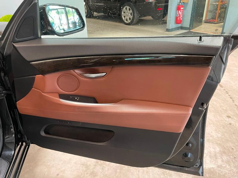 Photo 8 de l'offre de BMW Serie 5 Gran Turismo 530dA 245ch Exclusive à 18900€ chez Dugast automobiles
