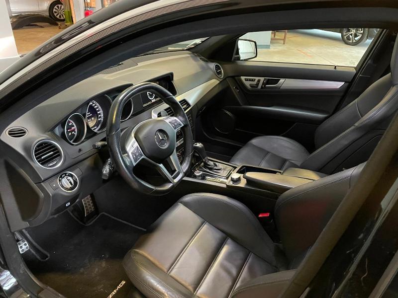 Photo 16 de l'offre de MERCEDES-BENZ Classe C Break 63 AMG Speedshift MCT à 36900€ chez Dugast automobiles