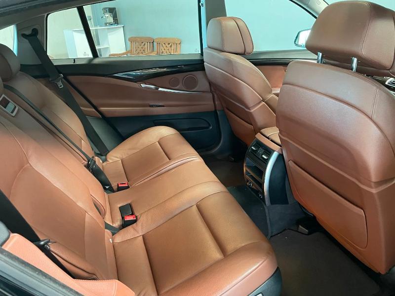 Photo 9 de l'offre de BMW Serie 5 Gran Turismo 530dA 245ch Exclusive à 18900€ chez Dugast automobiles
