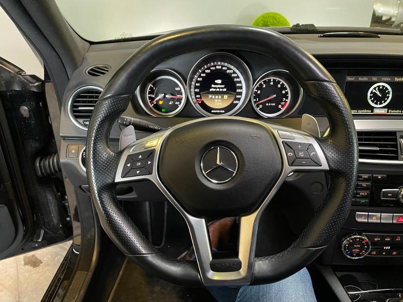 Photo 20 de l'offre de MERCEDES-BENZ Classe C Break 63 AMG Speedshift MCT à 36900€ chez Dugast automobiles