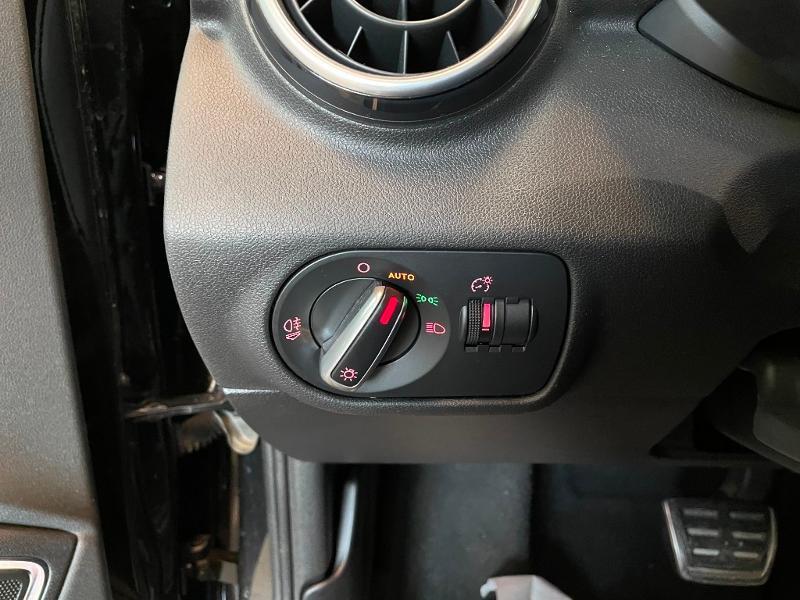 Photo 16 de l'offre de AUDI A1 1.8 TFSI 192ch S line S tronic 7 à 20900€ chez Dugast automobiles