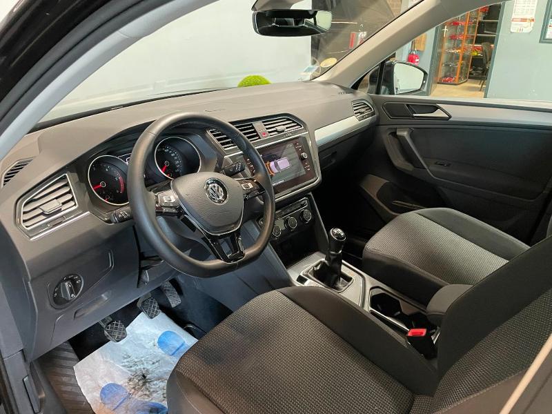 Photo 12 de l'offre de VOLKSWAGEN Tiguan 2.0 TDI 150ch Trendline Business à 25900€ chez Dugast automobiles