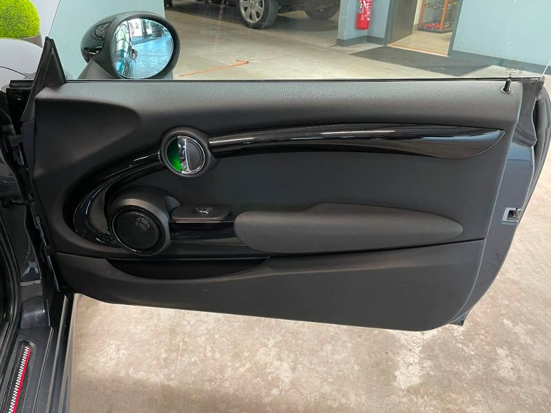 Photo 8 de l'offre de MINI Mini Cooper S 211ch John Cooper Works Edition BVA à 28900€ chez Dugast automobiles