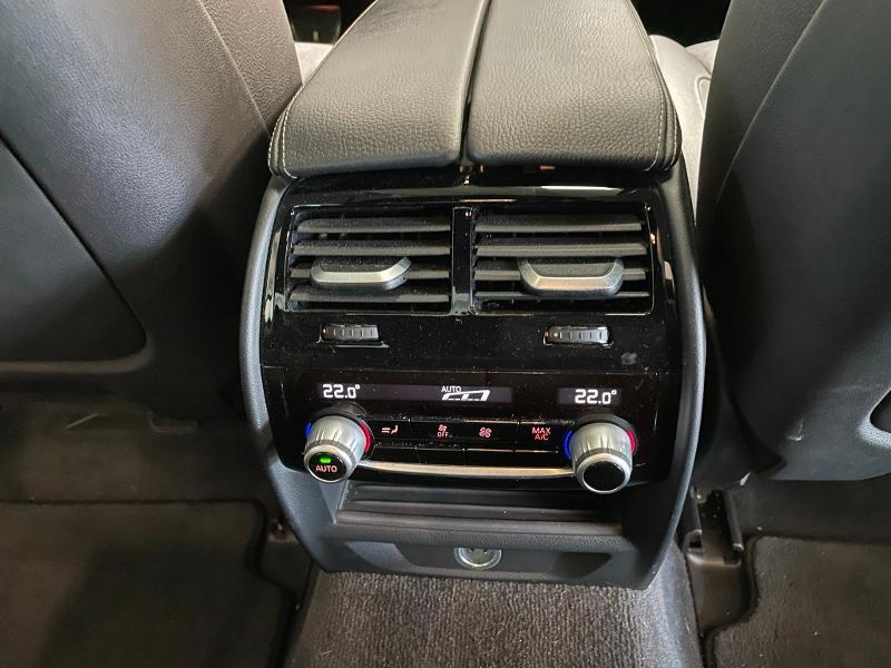 Photo 10 de l'offre de BMW Serie 5 M550dA xDrive 400ch Steptronic à 53900€ chez Dugast automobiles