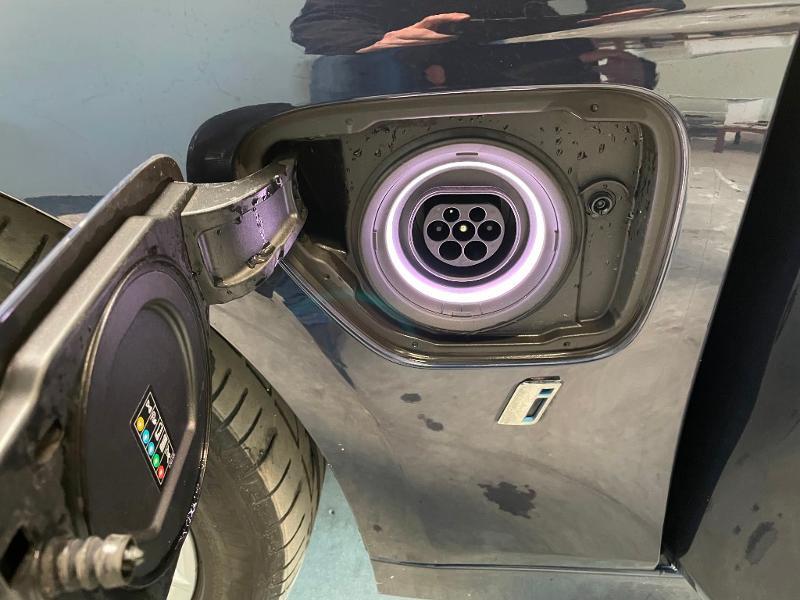 Photo 27 de l'offre de BMW Serie 3 330eA 252ch Luxury à 28900€ chez Dugast automobiles