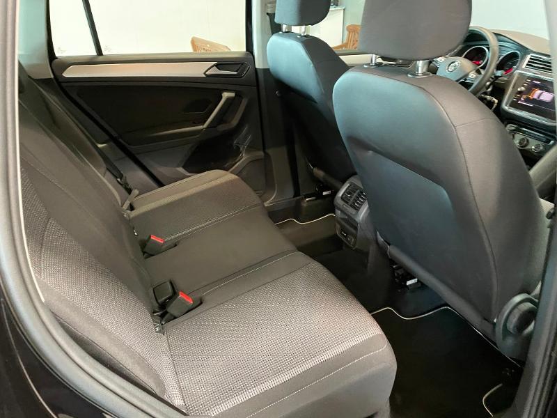 Photo 8 de l'offre de VOLKSWAGEN Tiguan 2.0 TDI 150ch Trendline Business à 25900€ chez Dugast automobiles