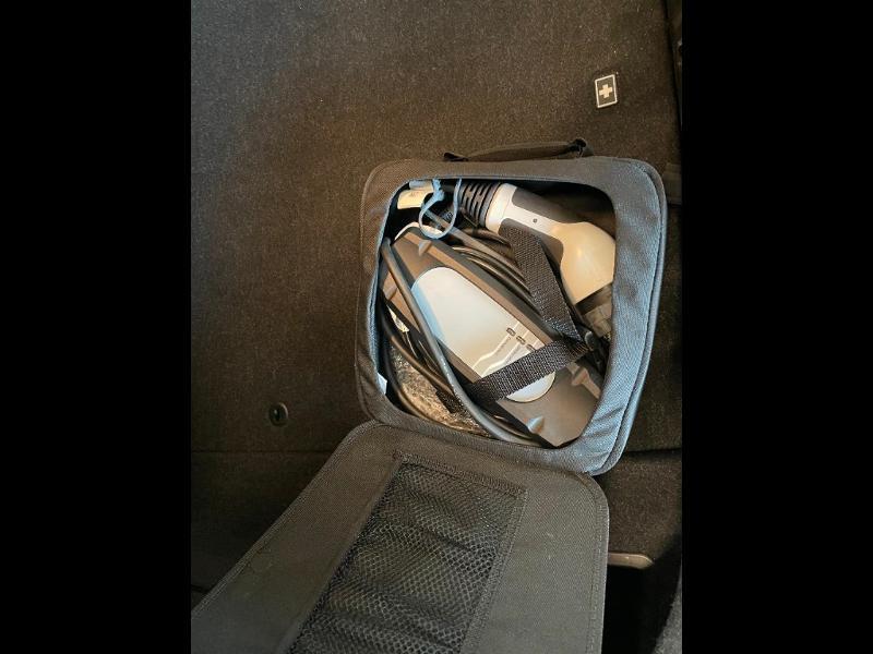 Photo 11 de l'offre de BMW Serie 3 330eA 252ch Luxury à 28900€ chez Dugast automobiles