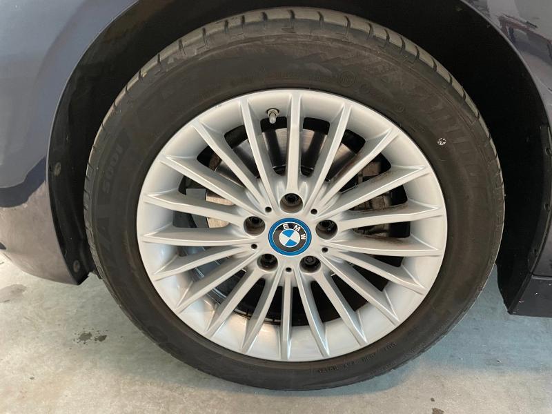 Photo 26 de l'offre de BMW Serie 3 330eA 252ch Luxury à 28900€ chez Dugast automobiles