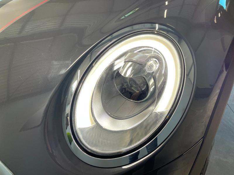 Photo 21 de l'offre de MINI Mini Cooper S 211ch John Cooper Works Edition BVA à 28900€ chez Dugast automobiles