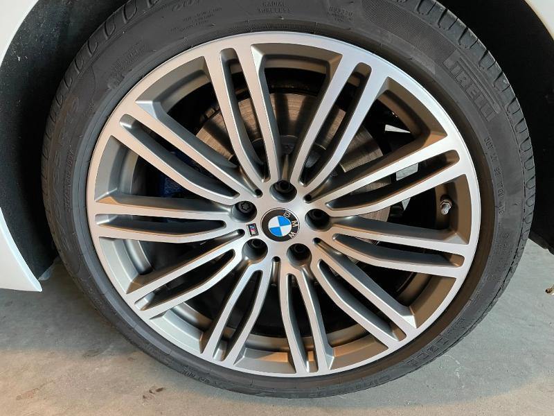 Photo 17 de l'offre de BMW Serie 5 M550dA xDrive 400ch Steptronic à 53900€ chez Dugast automobiles
