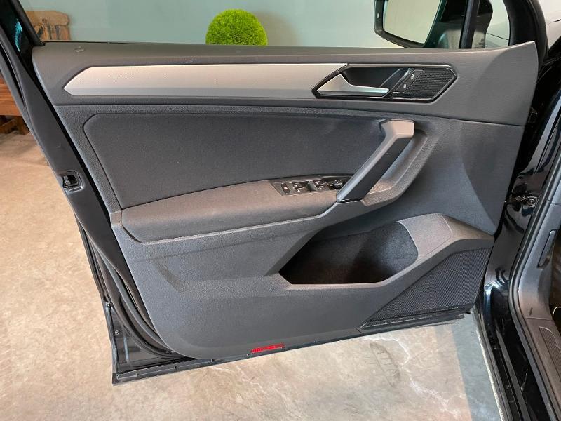 Photo 13 de l'offre de VOLKSWAGEN Tiguan 2.0 TDI 150ch Trendline Business à 25900€ chez Dugast automobiles