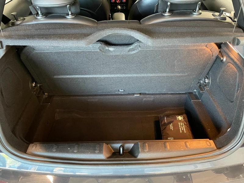 Photo 9 de l'offre de MINI Mini Cooper S 211ch John Cooper Works Edition BVA à 28900€ chez Dugast automobiles
