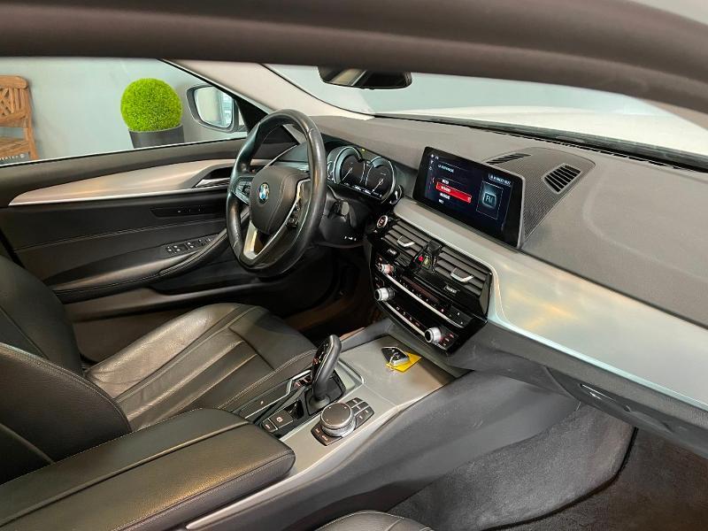 Photo 5 de l'offre de BMW Serie 5 Touring 530dA xDrive 265ch Business Steptronic à 29900€ chez Dugast automobiles