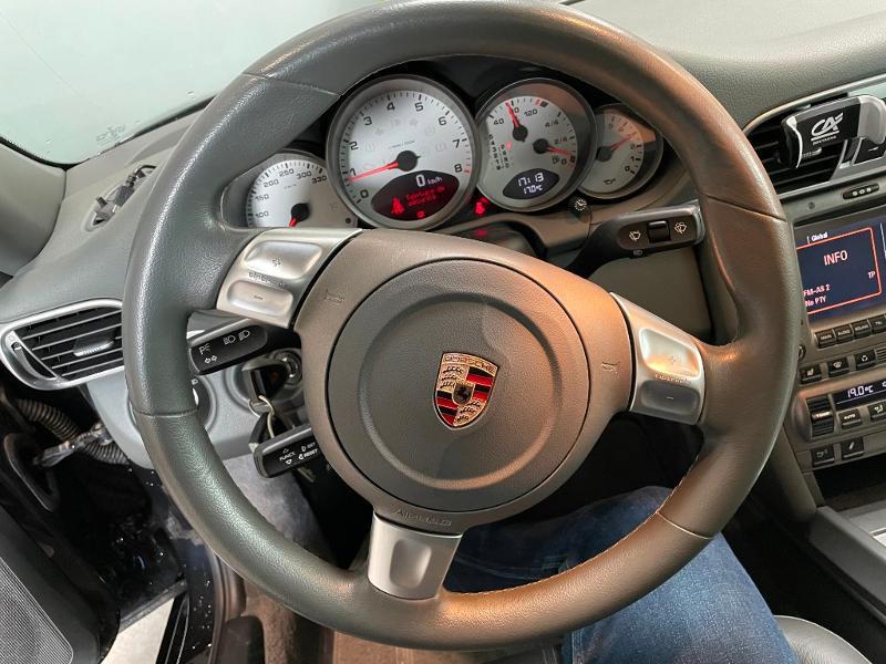 Photo 13 de l'offre de PORSCHE 911 Coupe Carrera S TipTronic S à 45900€ chez Dugast automobiles