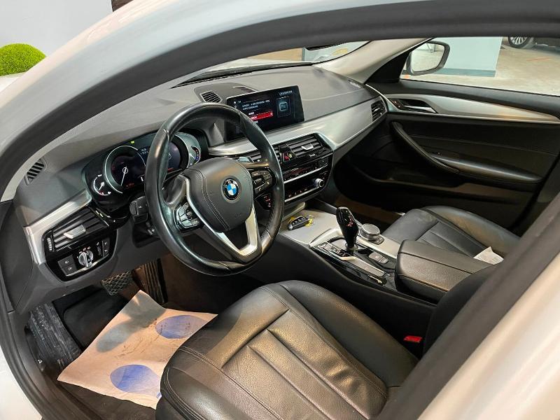 Photo 16 de l'offre de BMW Serie 5 Touring 530dA xDrive 265ch Business Steptronic à 29900€ chez Dugast automobiles