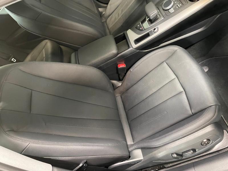 Photo 6 de l'offre de AUDI A4 35 TFSI 150ch Business line S tronic 7 Euro6d-T à 25900€ chez Dugast automobiles