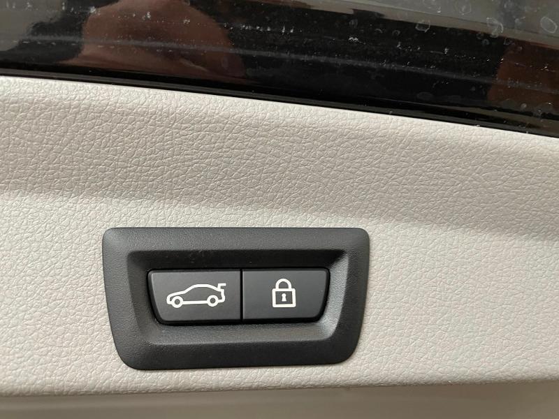 Photo 12 de l'offre de BMW Serie 4 Gran Coupe 420d 190ch Luxury Euro6c à 27900€ chez Dugast automobiles