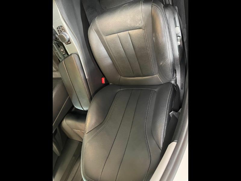 Photo 6 de l'offre de BMW Serie 5 Touring 530dA xDrive 265ch Business Steptronic à 29900€ chez Dugast automobiles