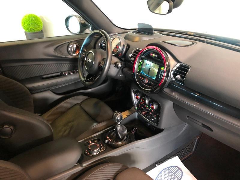 Photo 5 de l'offre de MINI Clubman Cooper D 150ch Exquisite à 16900€ chez Dugast automobiles