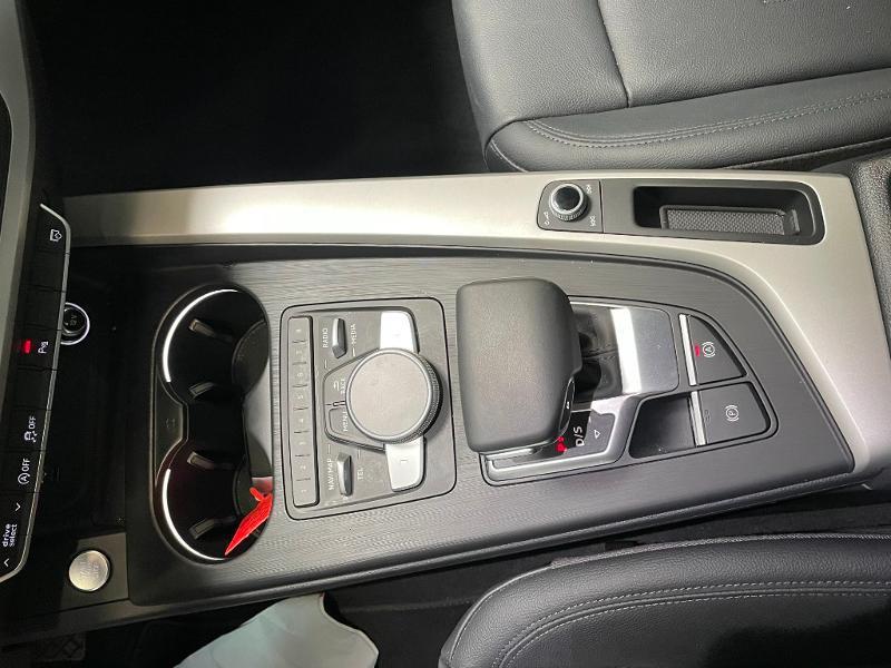 Photo 23 de l'offre de AUDI A4 35 TFSI 150ch Business line S tronic 7 Euro6d-T à 25900€ chez Dugast automobiles