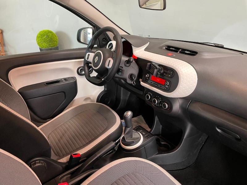 Photo 5 de l'offre de RENAULT Twingo 1.0 SCe 70ch Zen Euro6 à 6900€ chez Dugast automobiles
