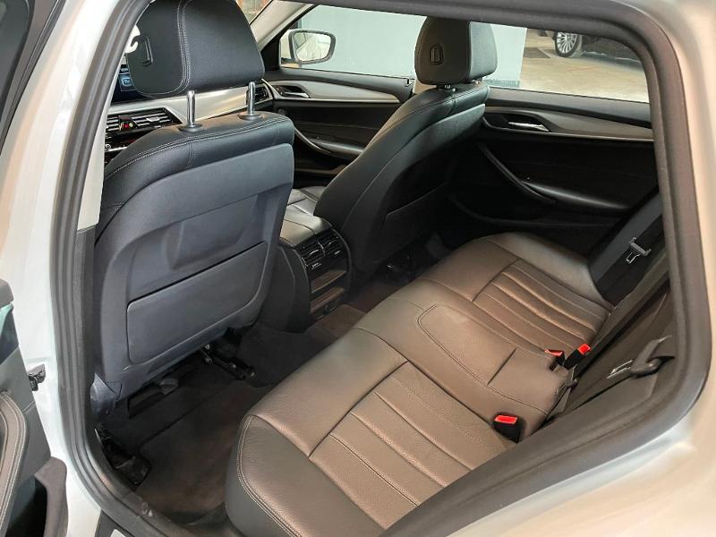 Photo 15 de l'offre de BMW Serie 5 Touring 530dA xDrive 265ch Business Steptronic à 29900€ chez Dugast automobiles