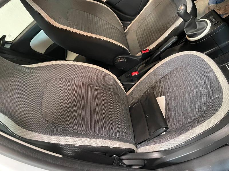 Photo 6 de l'offre de RENAULT Twingo 1.0 SCe 70ch Zen Euro6 à 6900€ chez Dugast automobiles