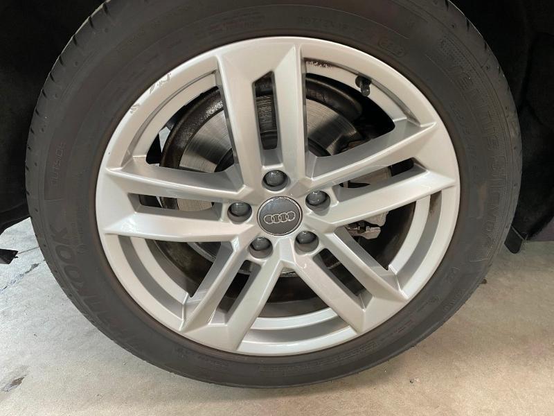 Photo 10 de l'offre de AUDI A4 35 TFSI 150ch Business line S tronic 7 Euro6d-T à 25900€ chez Dugast automobiles