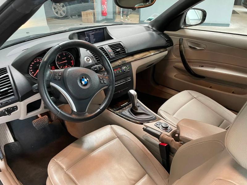Photo 11 de l'offre de BMW Serie 1 Cabriolet 120dA 177ch Luxe à 11900€ chez Dugast automobiles