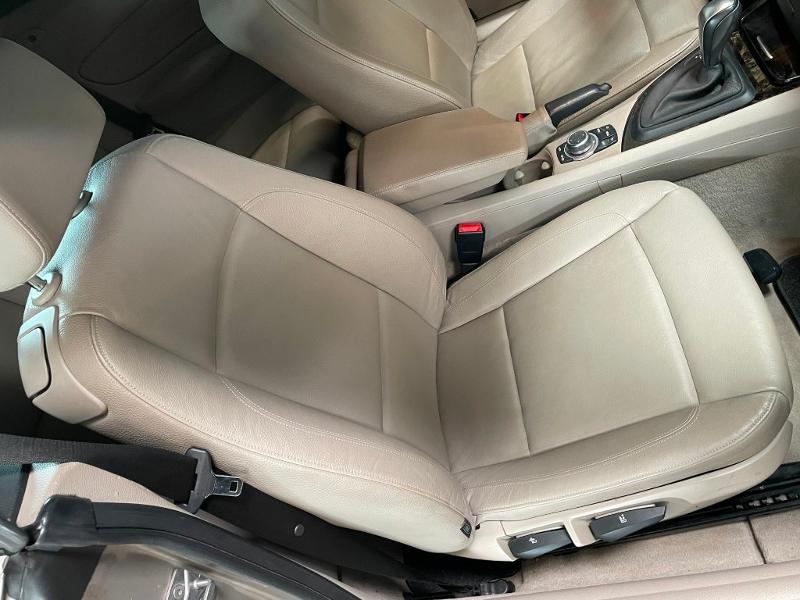 Photo 6 de l'offre de BMW Serie 1 Cabriolet 120dA 177ch Luxe à 11900€ chez Dugast automobiles